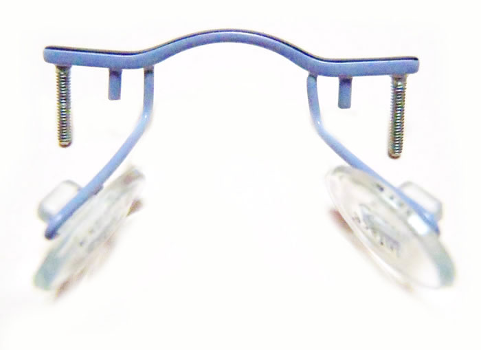 Frameless Eyeglasses with Threaded Ends on Nose Bridge