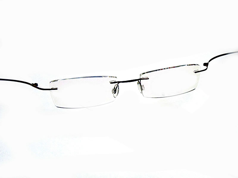 Flexible Titanium Eyeglasses