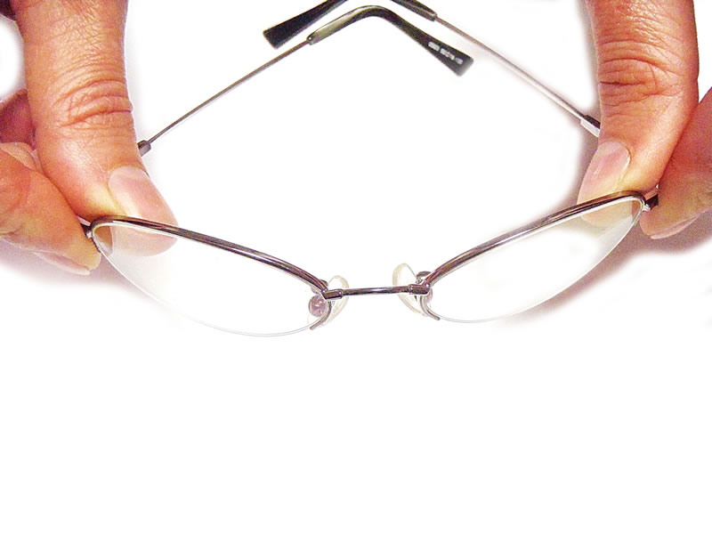 Flexible Titanium Frame