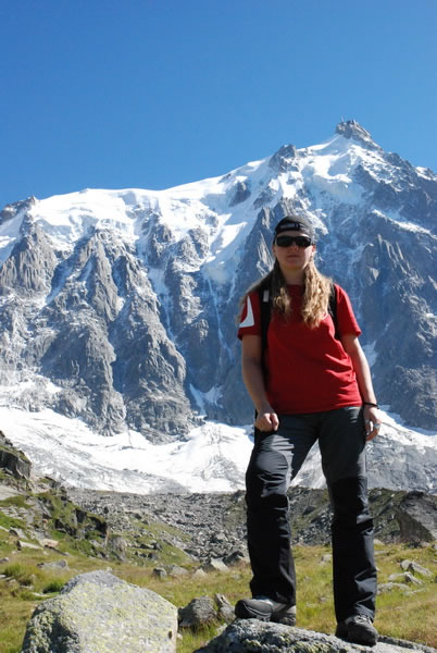 hiking on the mountains with progressive eyeglasses